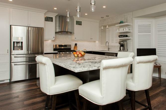 _highres_modern-kitchen_square.jpg