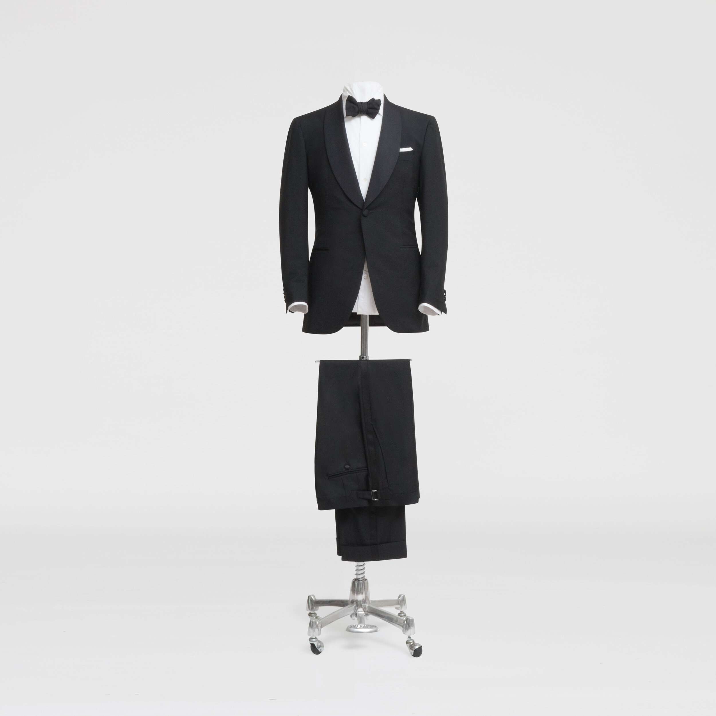 Traditional Weddings - For traditional weddings, a shawl collared, one buttoned black tuxedo is hard to go past. It's understated, elegant and will never go out of style.