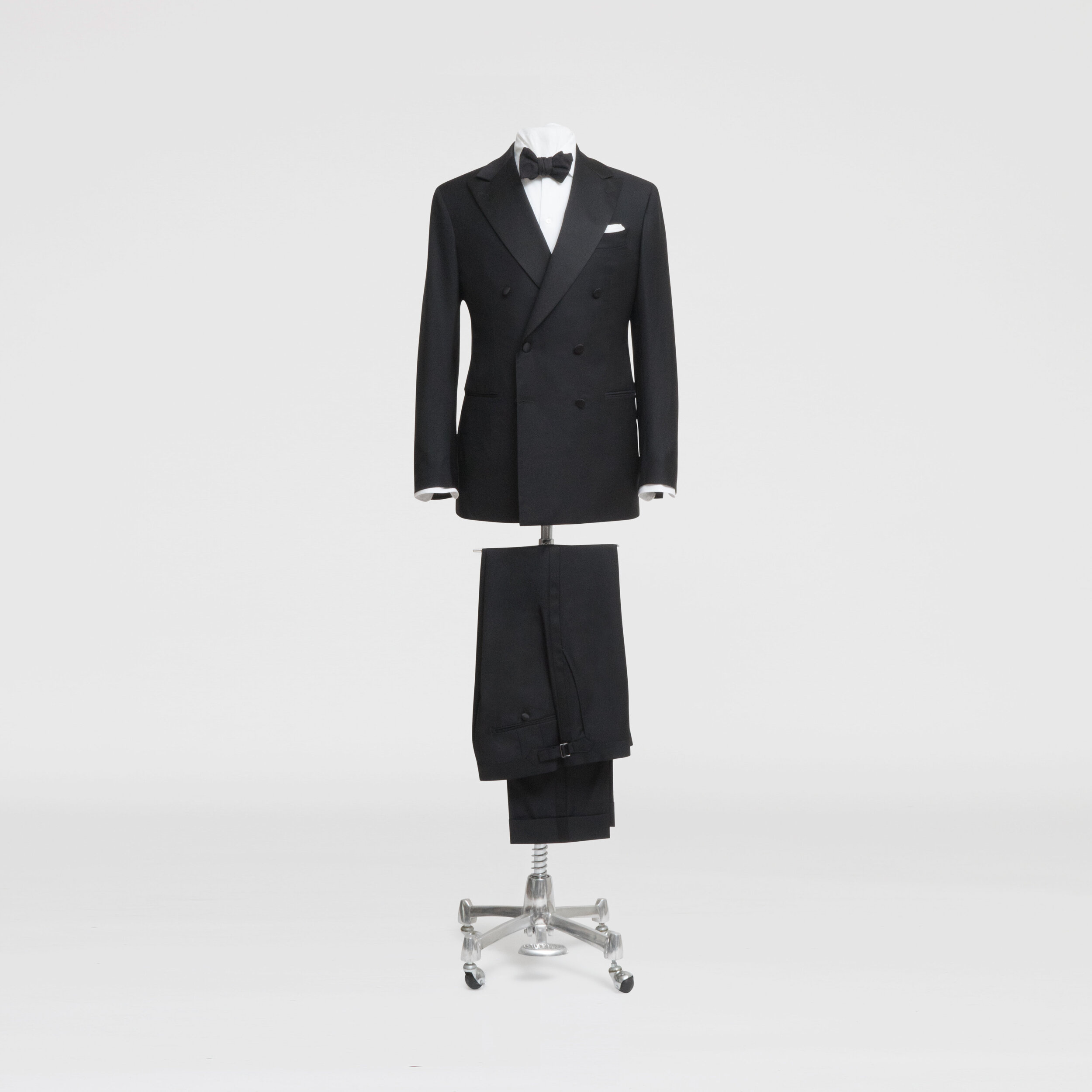 Winter Weddings - Peak lapels or a double breasted closure adds a little more presence and visual sharpness to the suit. It's an elegant option for any wedding, but is particularly well suited to formal, city events in the cooler months.