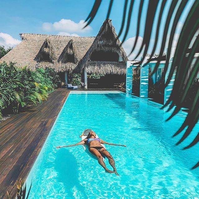 Floatin' the day away 🏝 * 📷 @gregbfd * #swell #swellhotel #elparedon #boutiquehotel #lush #vacation #travel #voyage #wanderlust #laidback #design #bohochic #bohostyle #barefoot #travel #surf #sea #sun #sombrero #garden #pool #guatemala #swellguatemala #centralamerica #surfguatemala #architecture #archdaily #guatemala #centralamerica