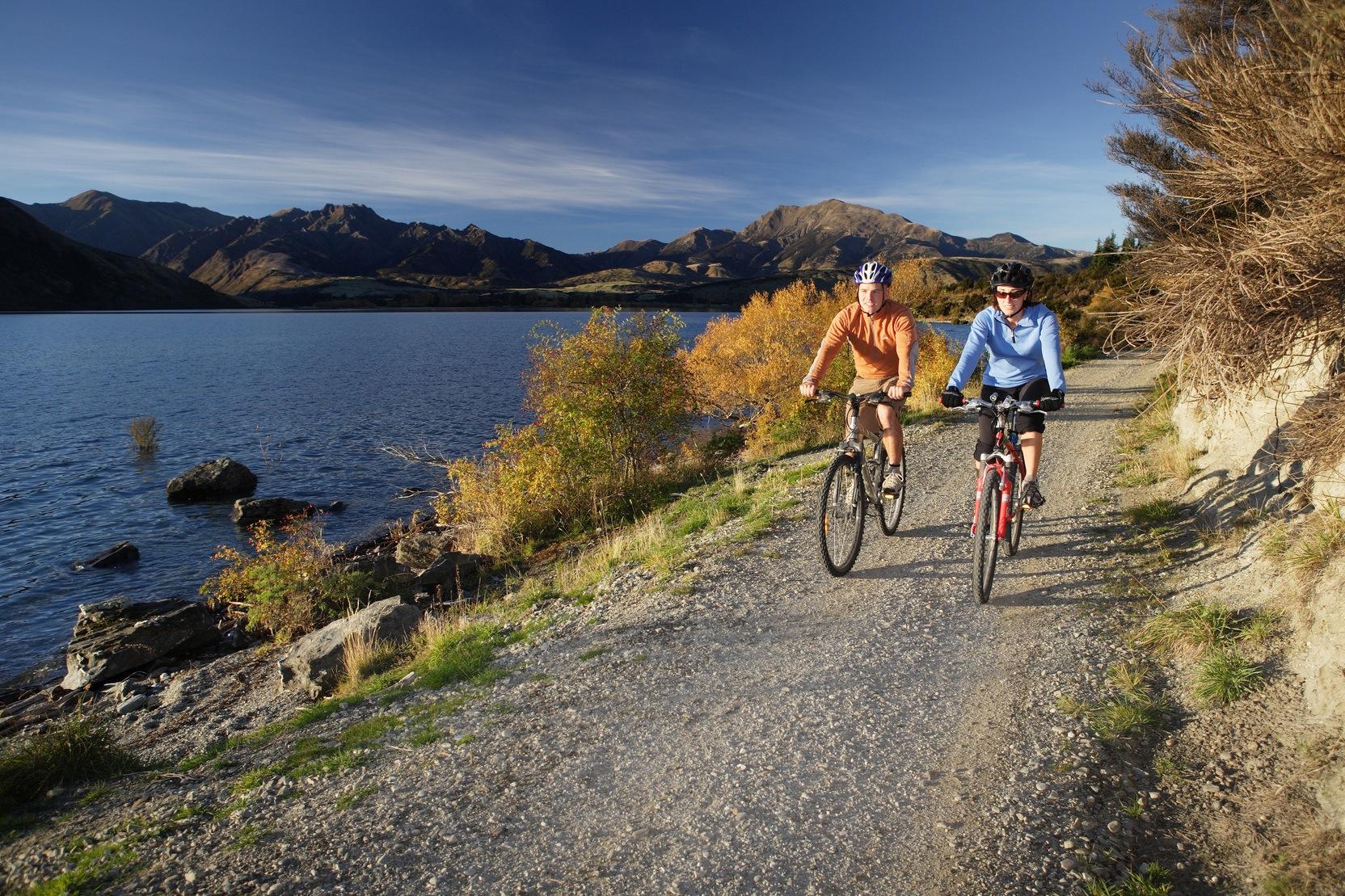 Mountain-biking-wanaka-activities.jpg