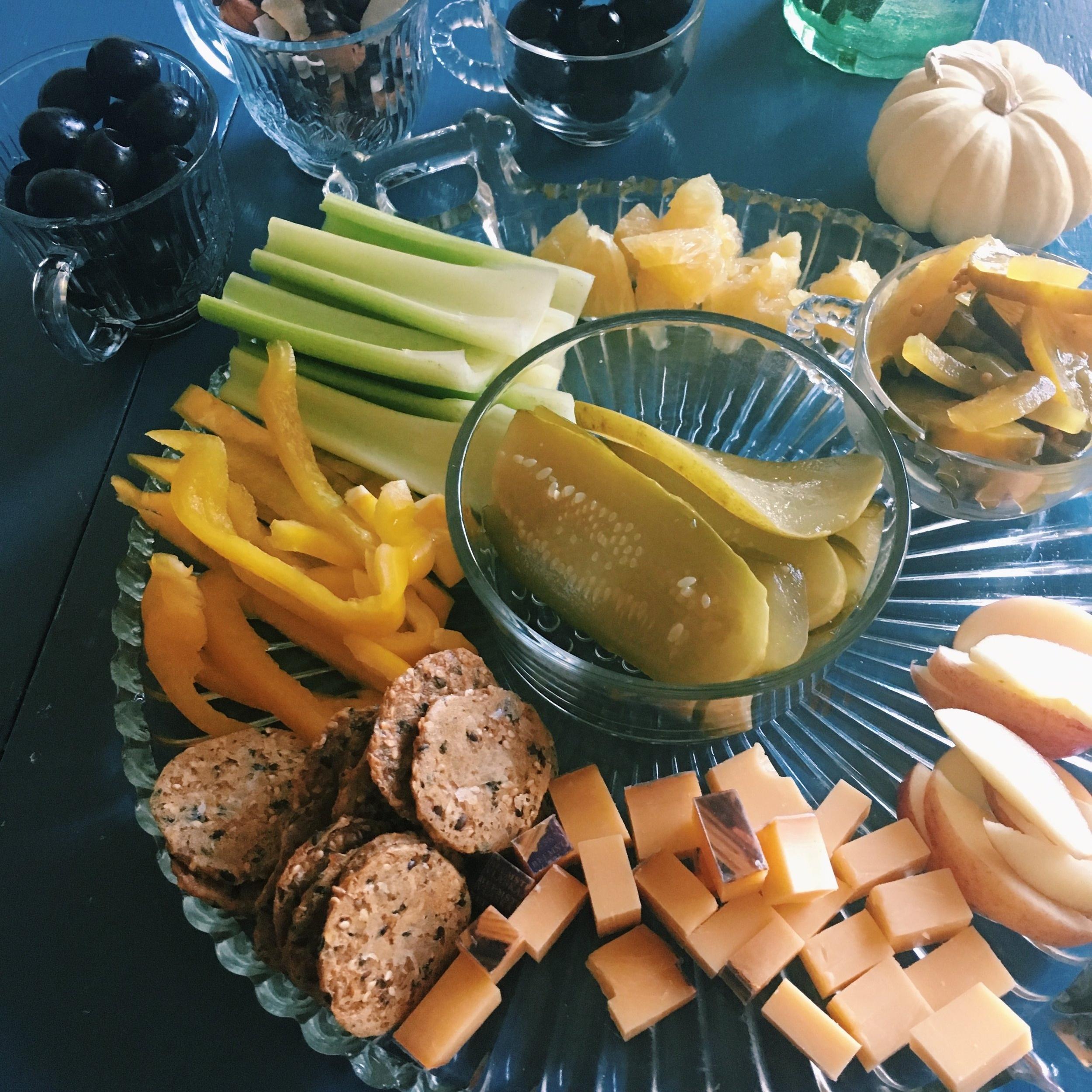 Thanksgiving Day Pre-Dinner Snacks