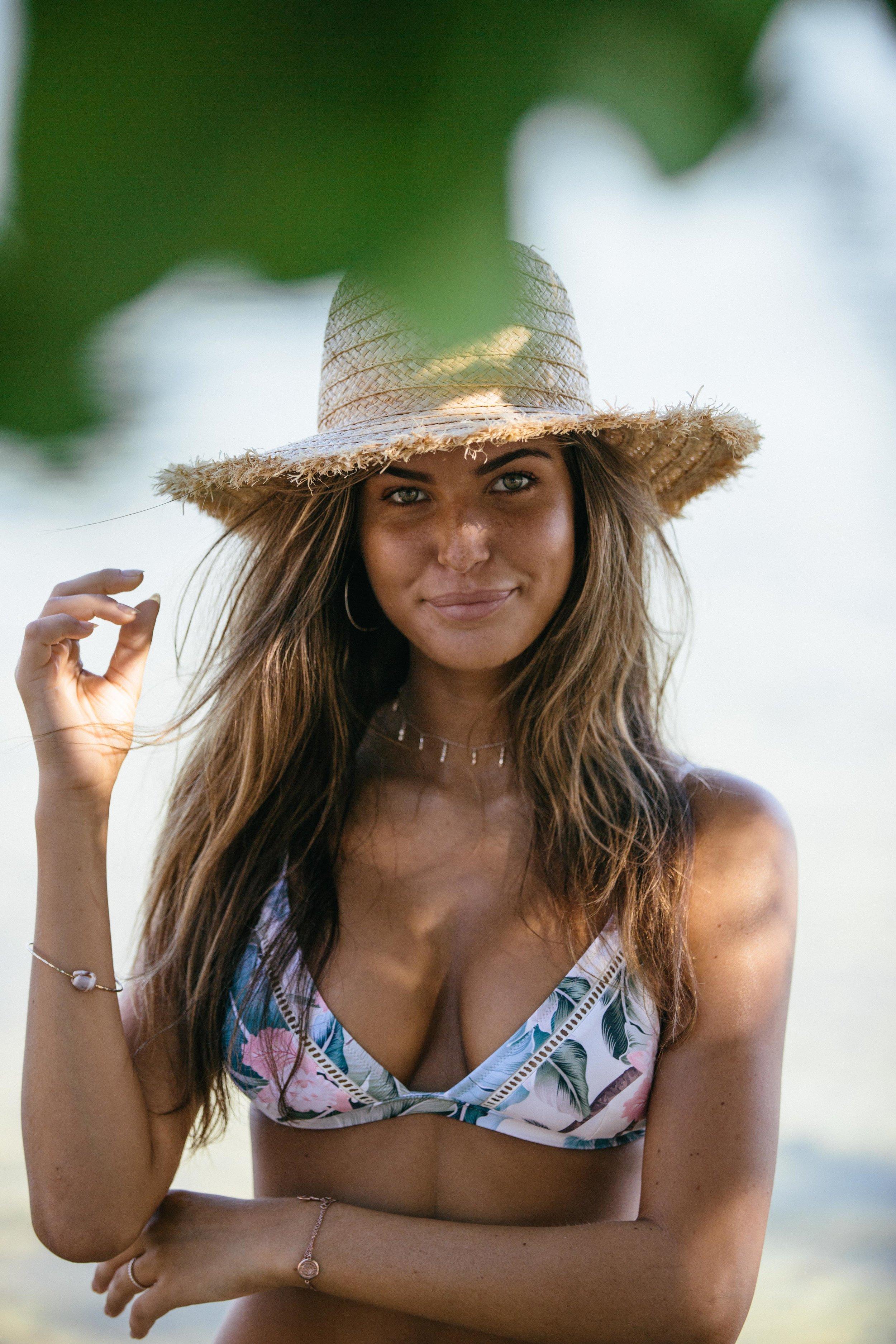 Islander Bralette Top Seashell and Sun Hat 1.jpg