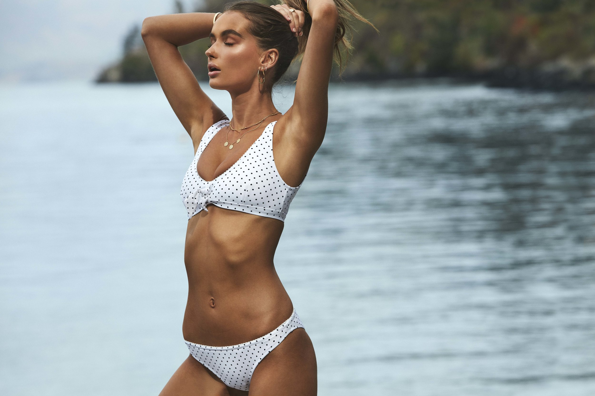Acapulco Scoop Top and Cheeky Pant White 3.jpg