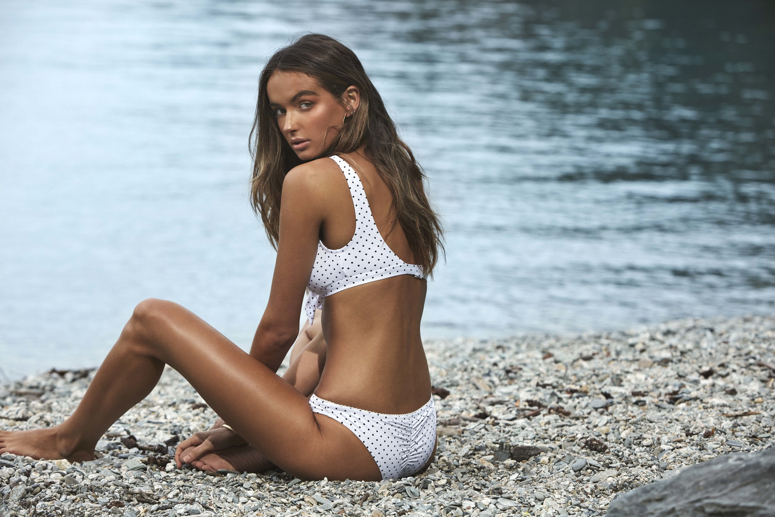 Acapulco Scoop Top and Cheeky Pant White 2.jpg