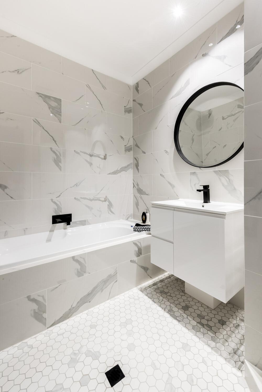 Wall Tiles 7684 - CALACATTA GLOSS REC GLZ PCLN (300x600) + Floor Tiles 7687 - CA WHITE MATT HEXAGON MOSAIC MOSAIC GLZ PCLN (310x324 sht).jpeg
