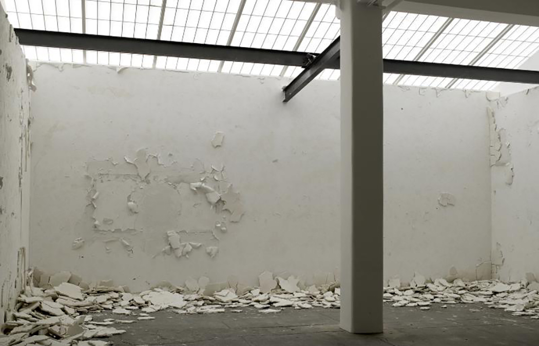 """Andy Goldsworthy, """"White Walls"""" (2007)  plaster disintegrates over twenty days; expedited decay of material"""