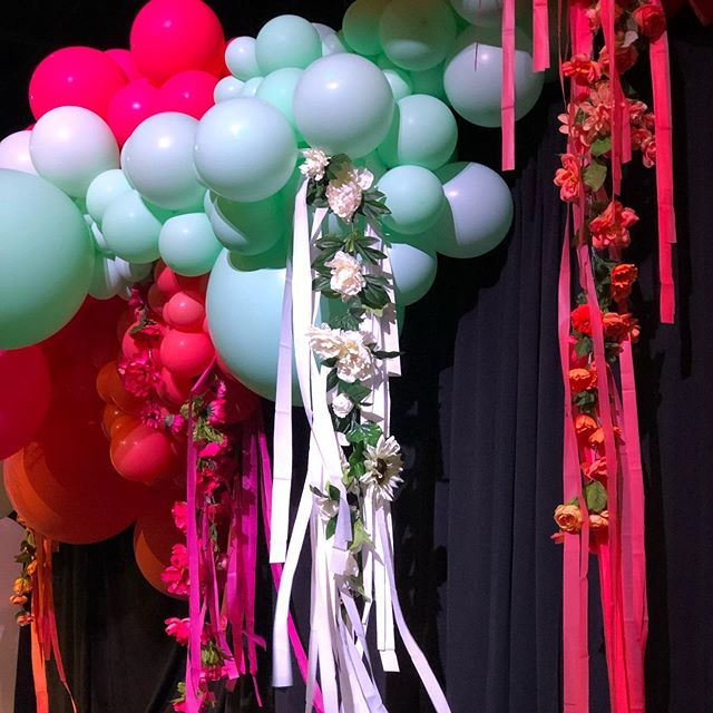 Unique, surprising, original...FULL of JOY  We were asked to create a gorgeous experience for the women attending the @purposefullivinginc Joyfull Women conference this year - I think we nailed it! This Uncommonly beautiful balloon display was absolutely stunning, just stunning. If the floral streamer details don't take your breath away the sheer scale will, just wait ☺️ THANK YOU @banziballoons for the tireless work and heart you brought to this project. I loved getting to create with you! 🌺 + 🎈= 🖤  flower streamers are my absolute favorite!