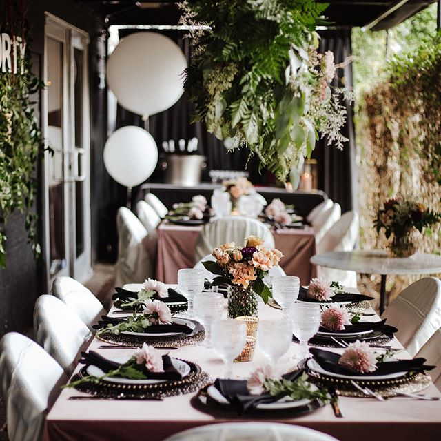 Celebrating at a restaurant and you want it to be an extra special experience?  No problem at all, we thrive on extra special! 🖤  Let US bring the extra touches like placemats, chargers, upgraded linens,  flowers and personal touches. It'll make all the difference, promise! 📷 THANK YOU @marissawileyphoto for so many incredible photos of this gorgeous night. You are beyond talented!  Also, huge thanks to @nicoleblairwear and @lindsayboccardo for putting your trust in me to make this everything you wanted it to be, I'm honored! 🖤 Thanks @ryu.teramoto and @petitechoubistro for being amazing to work with!! Your space, service and food are divine!  And of course thanks to @lauren_sparkhr for making 40 look flawless!! 😍