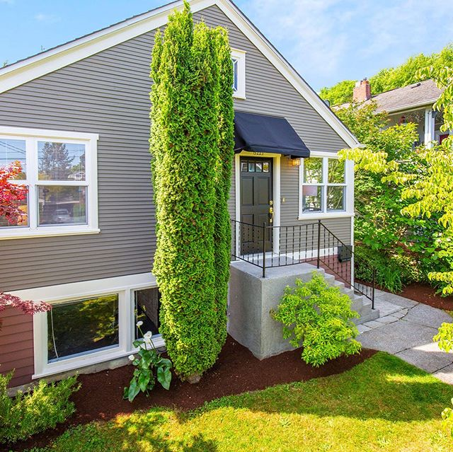 Open House 11-1 today! 5223 S Dawson Street Seattle WA 98118 Charming Seward Park bungalow sited on a super special park like lot.  MLS 1469566 $599,000 For more info, call Jeff at 206.459.0508
