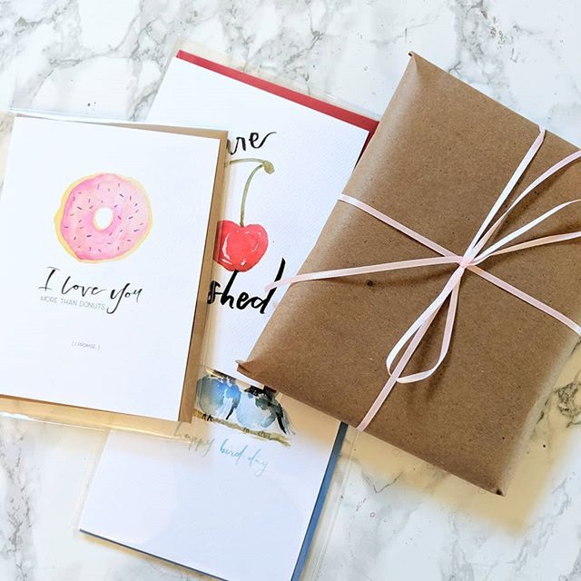 In exactly one week, I will be marrying the love of my life! To celebrate, I'm hosting a flash sale of my cards still in stock! Help me have one less box to move 😏😅🤗 • GRAB BAG of 10 cards for $18 • ‎Box sets of 6 for $5 ea • ‎Shipping $5 (free pick up or delivery in San Jose area)  You can scroll through my story, or click the link in my bio for the grab bag! (Limited qty so act fast!) Thanks so much for your support!  And for those who have asked....this is NOT a closing sale. I'm just moving and want to clear way for new happenings and designs. 😉♥️ #stationery #flashsale #shoplocal