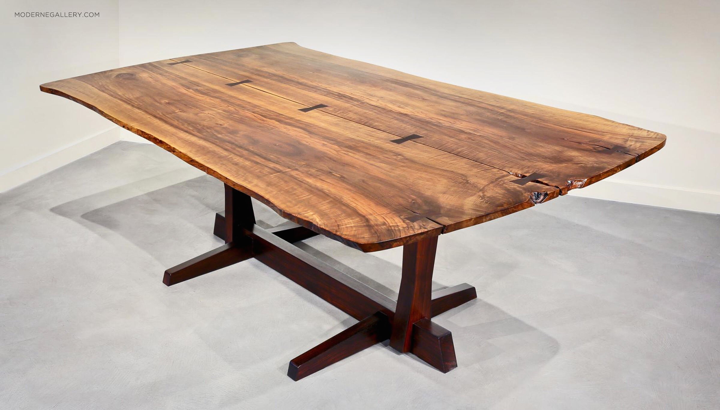 Conoid_Dining_Table.jpeg