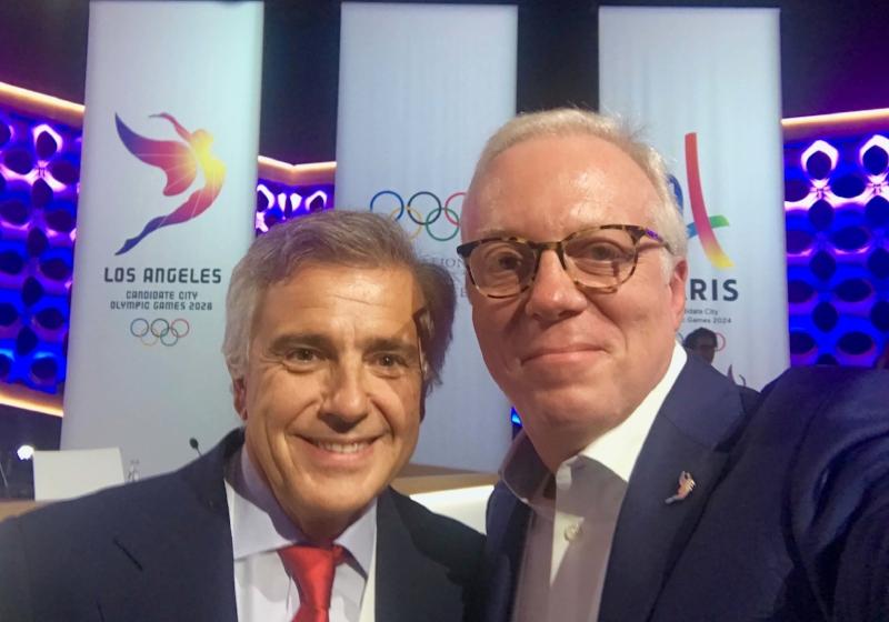IOC Vice President, Juan Antonio Samaranch, Terrence Burns - Lima