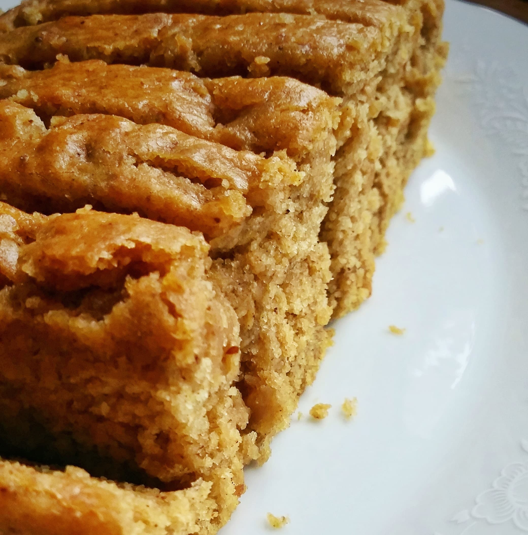 pumpkin coffee cake with maple glaze.jpg