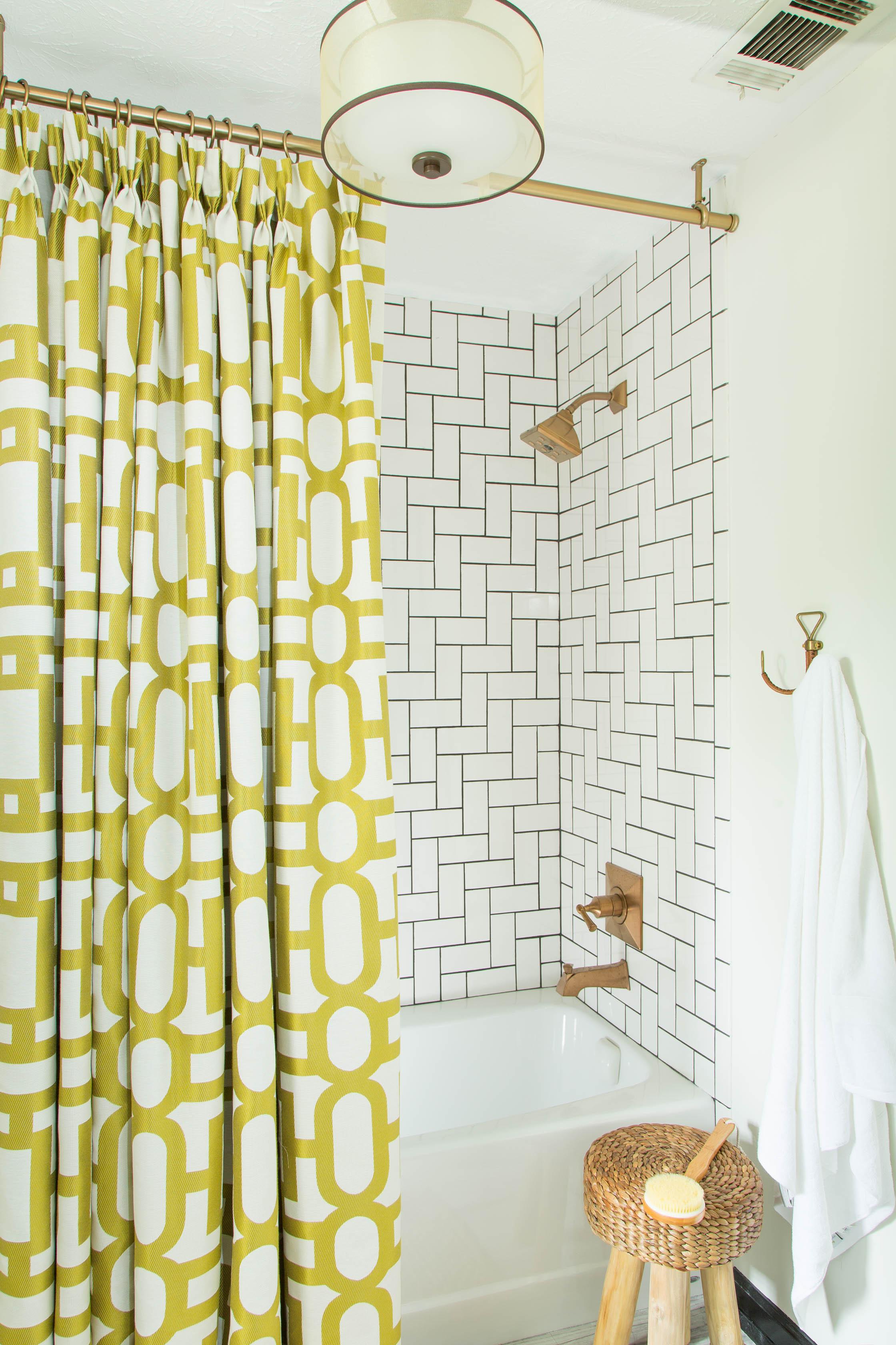 Dayka Robinson Master Bathroom 2015.jpg