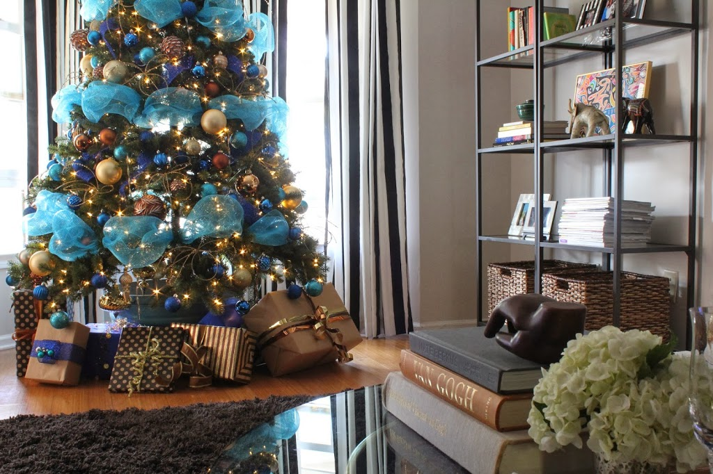 Dayka-Robinson-Designs-Blue-Bronze-Turquoise-Gold-Christmas-tree-Home-Depot.jpg