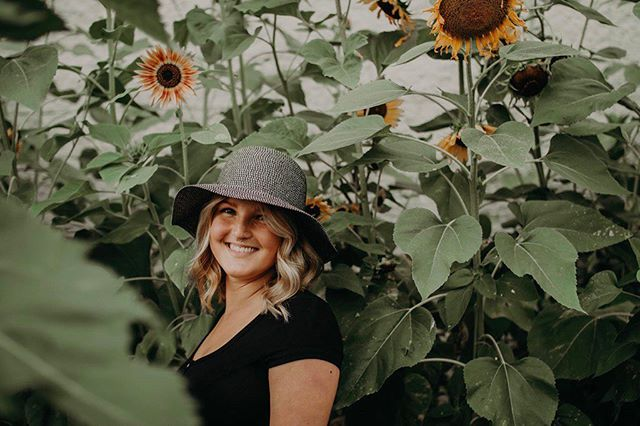 All along you were blooming🌻 • • • I can't wait for all the photoshoots I have this summer!!! Message me to book one😁 • • • •  #portrait #portraits #photographer #postthepeople #peoplephotography #bright #beautiful #bleachmyfilm #blessedbyfilm #ohiophotographer #love #socute #adorable #daybreeze #portraitphotography #courtneyranesphotography #gpresets #portraitphotographer #thirdeyefeature #PortraitFeed #MoodyPorts