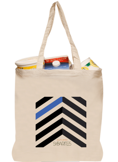 <b>OUTLIERS</b><br><small>Tote-bag<br></small><b>$15</b>