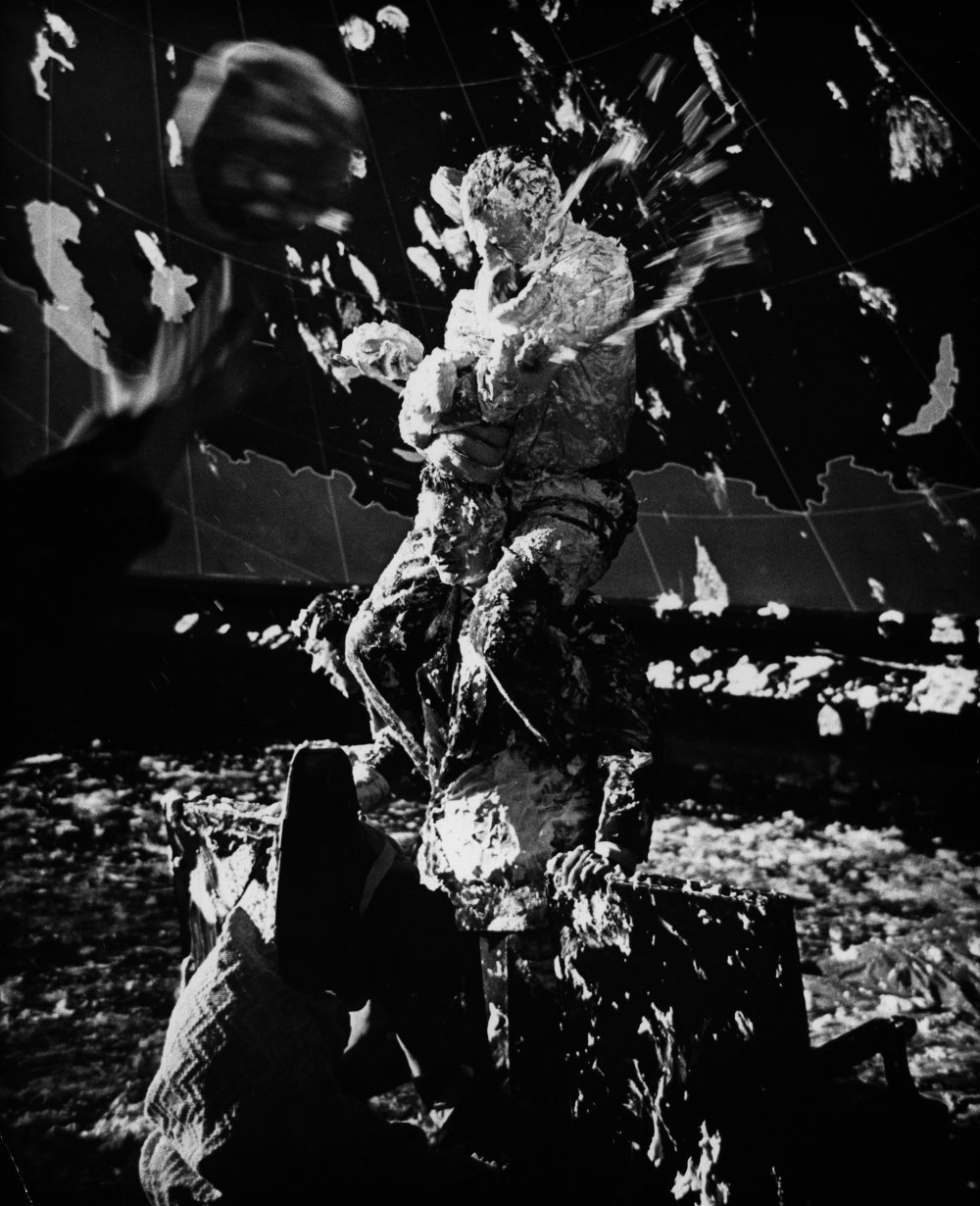 dr-strangelove-1963-023-custard-pie-fight-00n-6w8.jpg