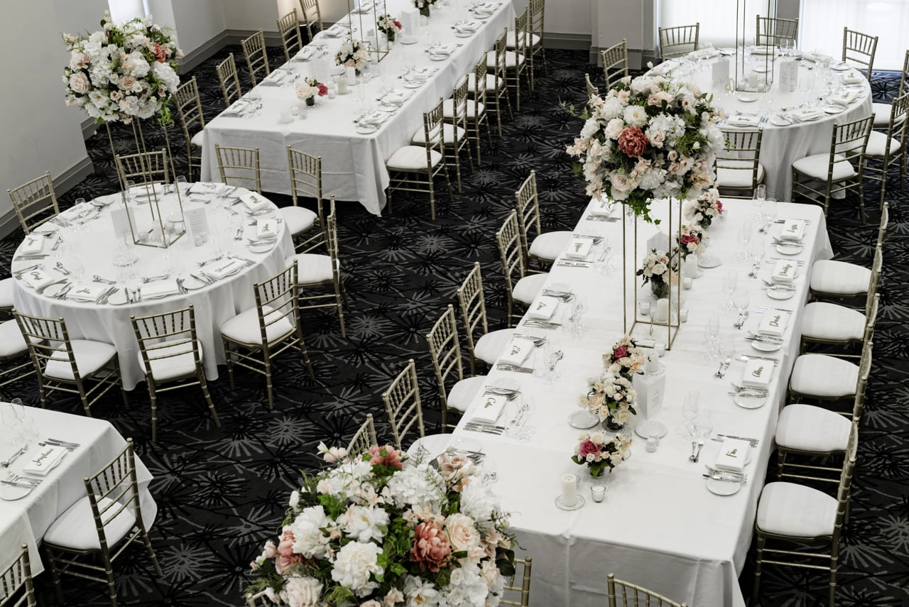 35_vanessa-lou_10_luna-park-wedding-venue.jpg