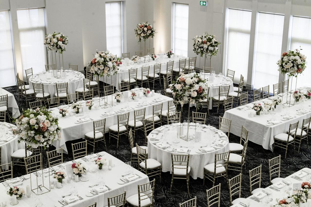 35_vanessa-lou_13_luna-park-wedding-venue.jpg