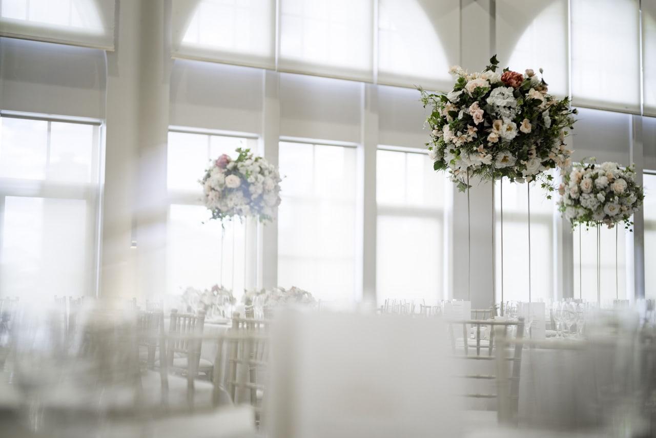 35_vanessa-lou_19_luna-park-wedding-venue.jpg