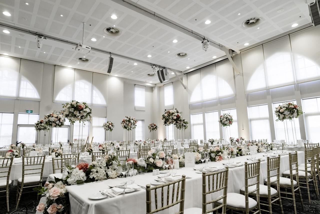 35_vanessa-lou_20_luna-park-wedding-venue.jpg