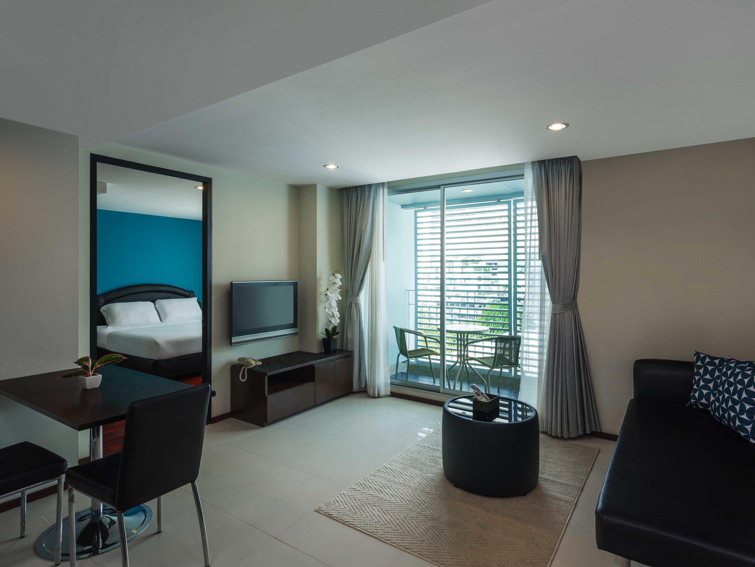 Room-706-008-Edit.jpg
