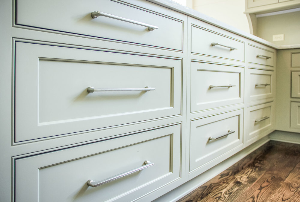 When Ing Kitchen Cabinet Hardware, Hardware For Cabinets