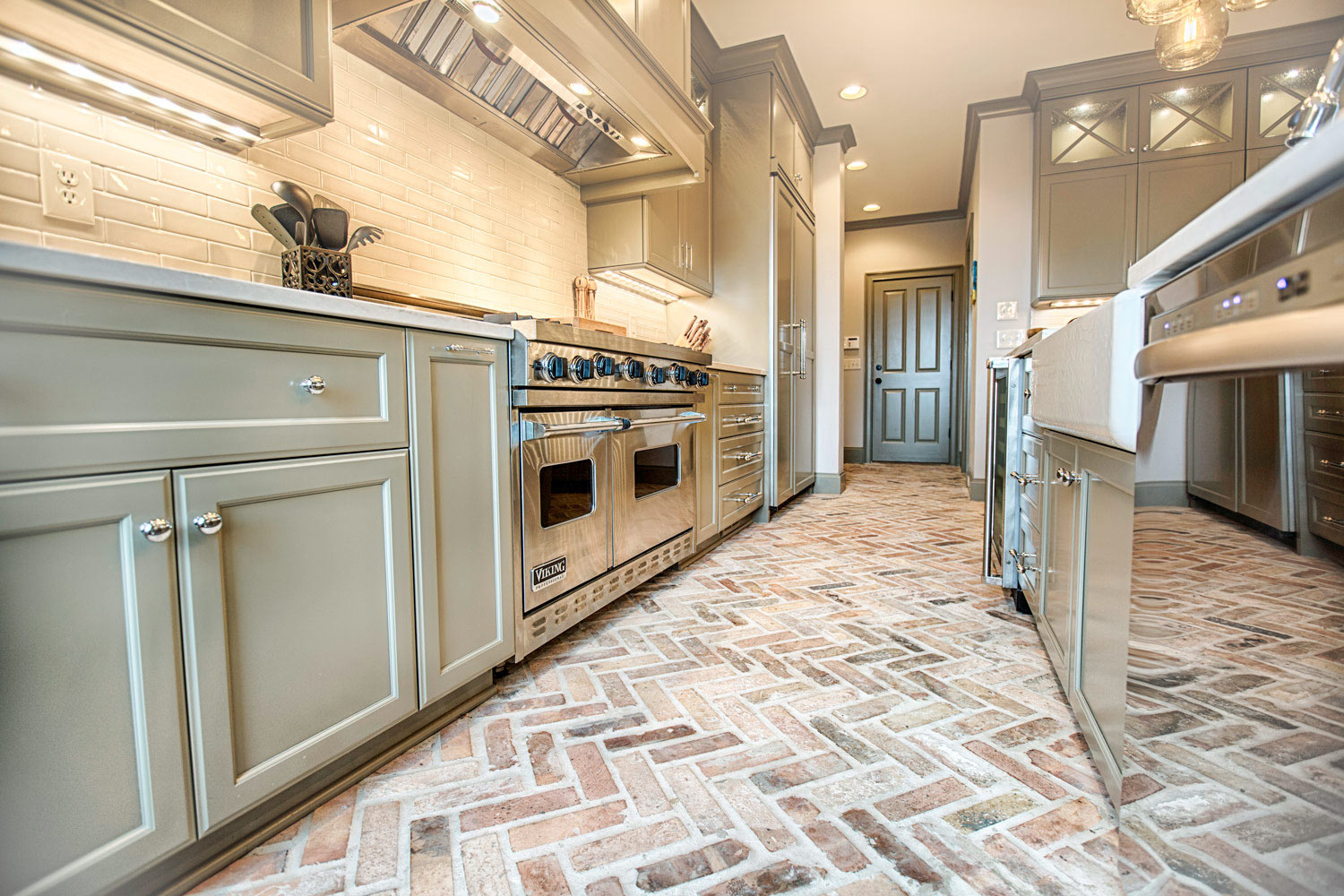 What to ask a kitchen remodeler before a contract is signed