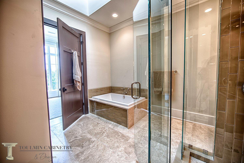 bathroom-design-tub-and-skylight.jpg