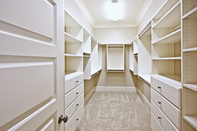 Custom walk in closet design and installation.