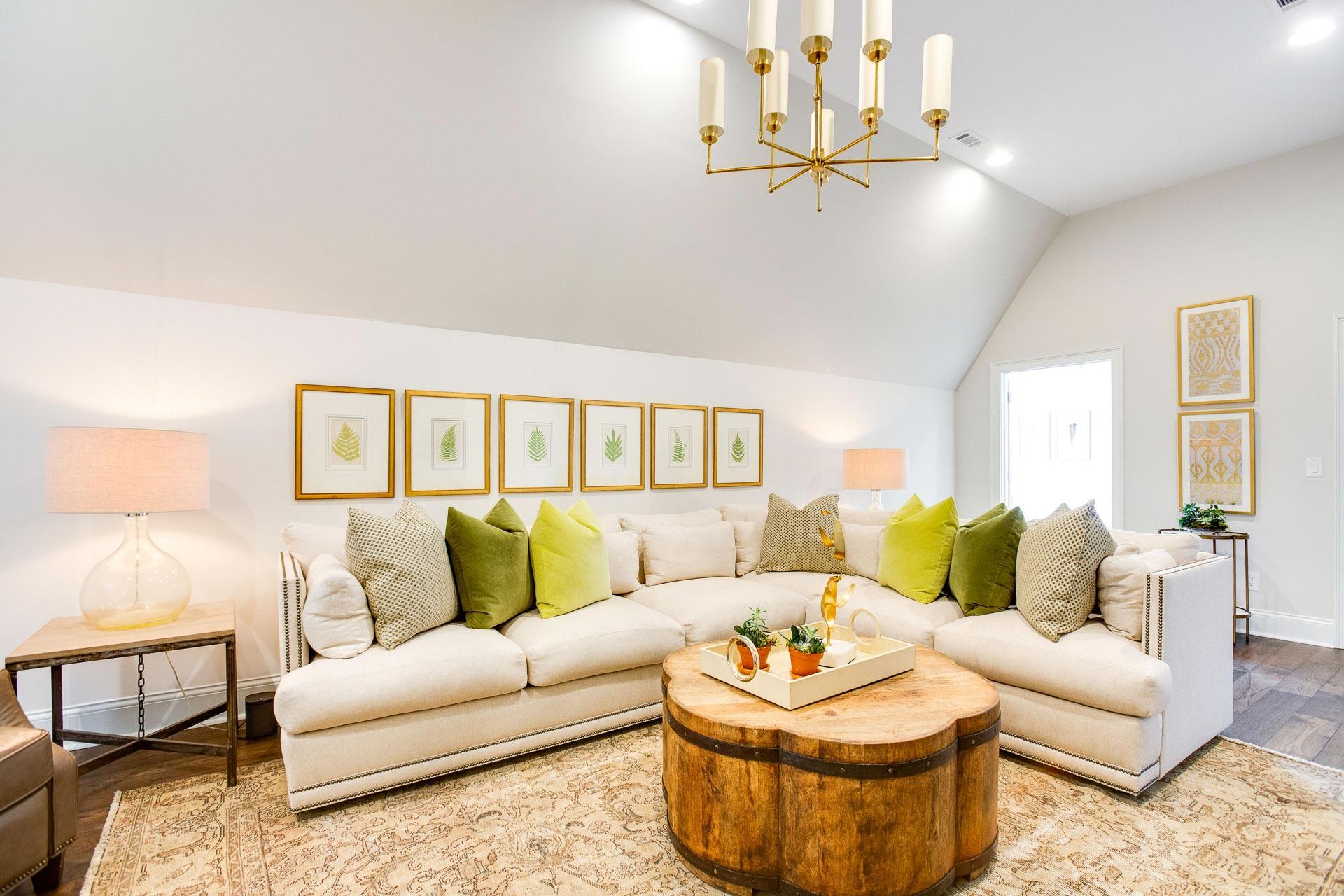 Custom Home Design, Second-floor Family Room Tuscaloosa Alabama