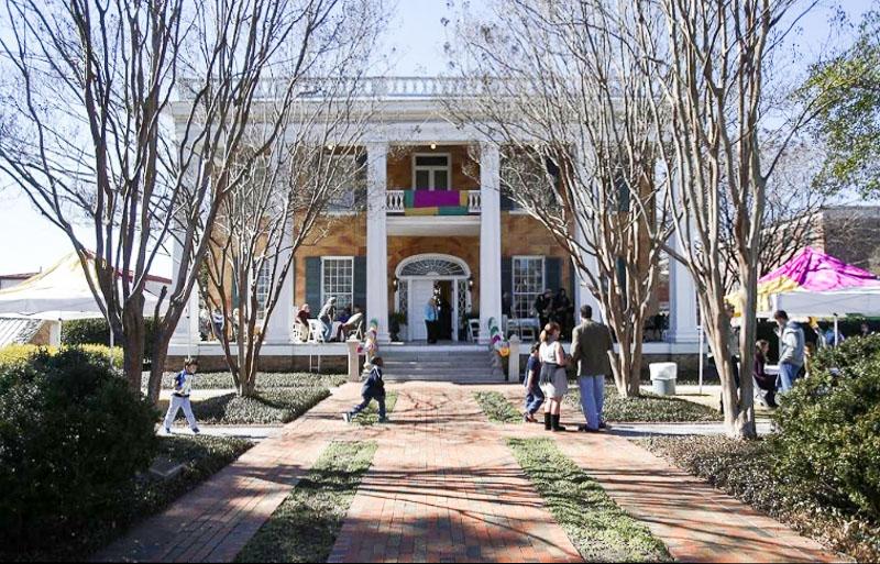 The Battle-Friedman House
