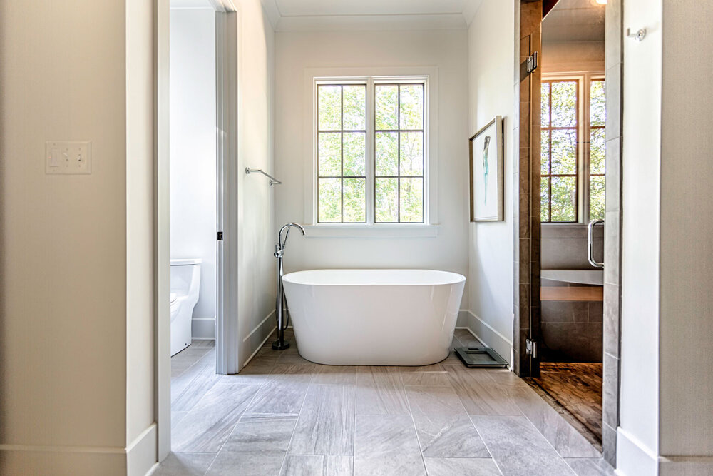 A Guide To Bathtub Types For A Bathroom Remodel Toulmin Kitchen Bath