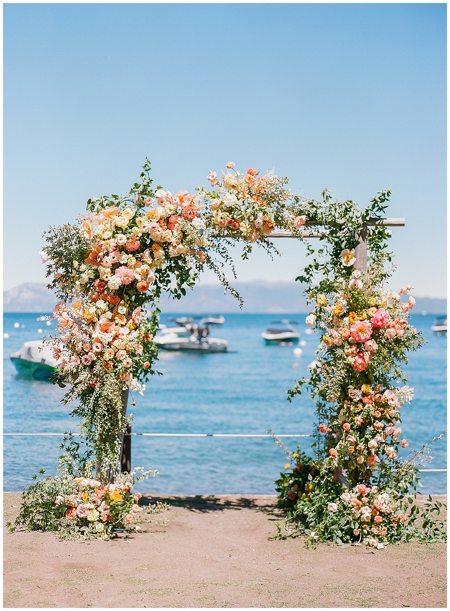 Janine_Licare_Photography_San_Francisco_Wedding_Photographer_Lake_Tahoe_West_Shore_Cafe_Colorful_Summer_0049.jpg