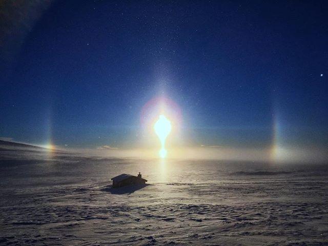 Magi i vinterkulda ved Borkebua❄️ #ringebufjellet #lyseretider