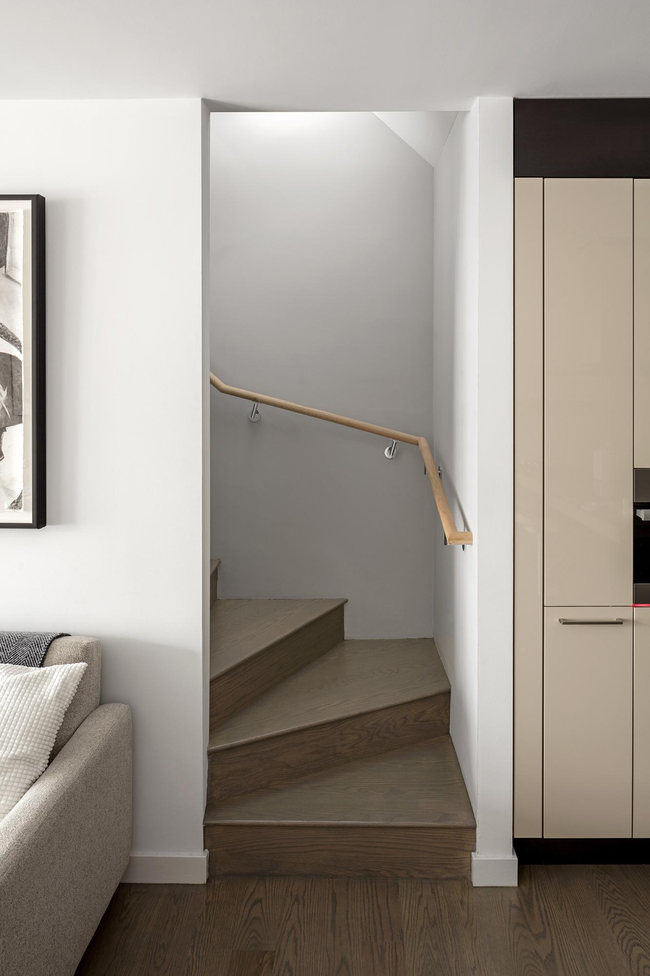 Stair 02.jpg