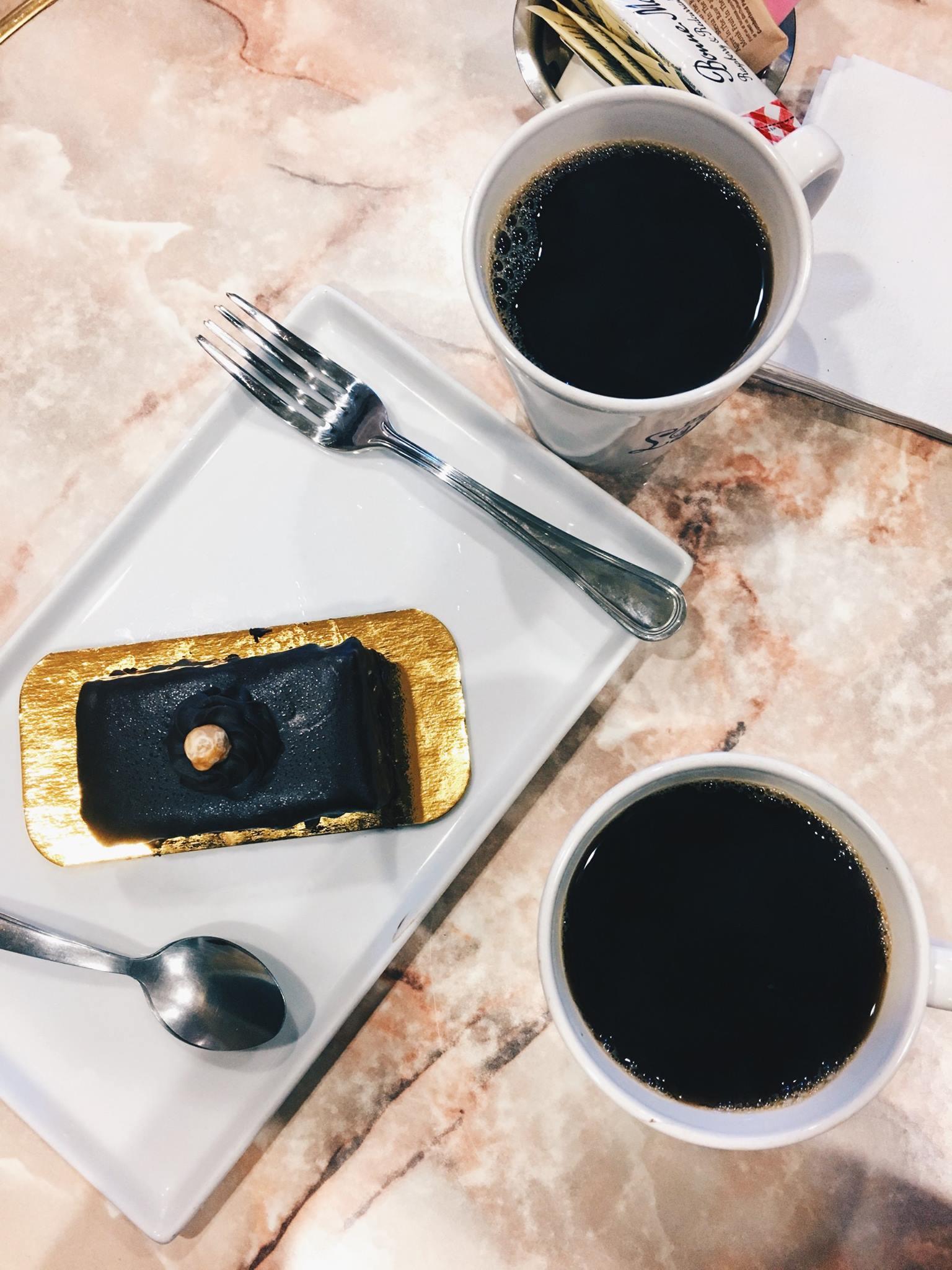 Coffee-Cake-@-Leonidas-Chocolates.jpg