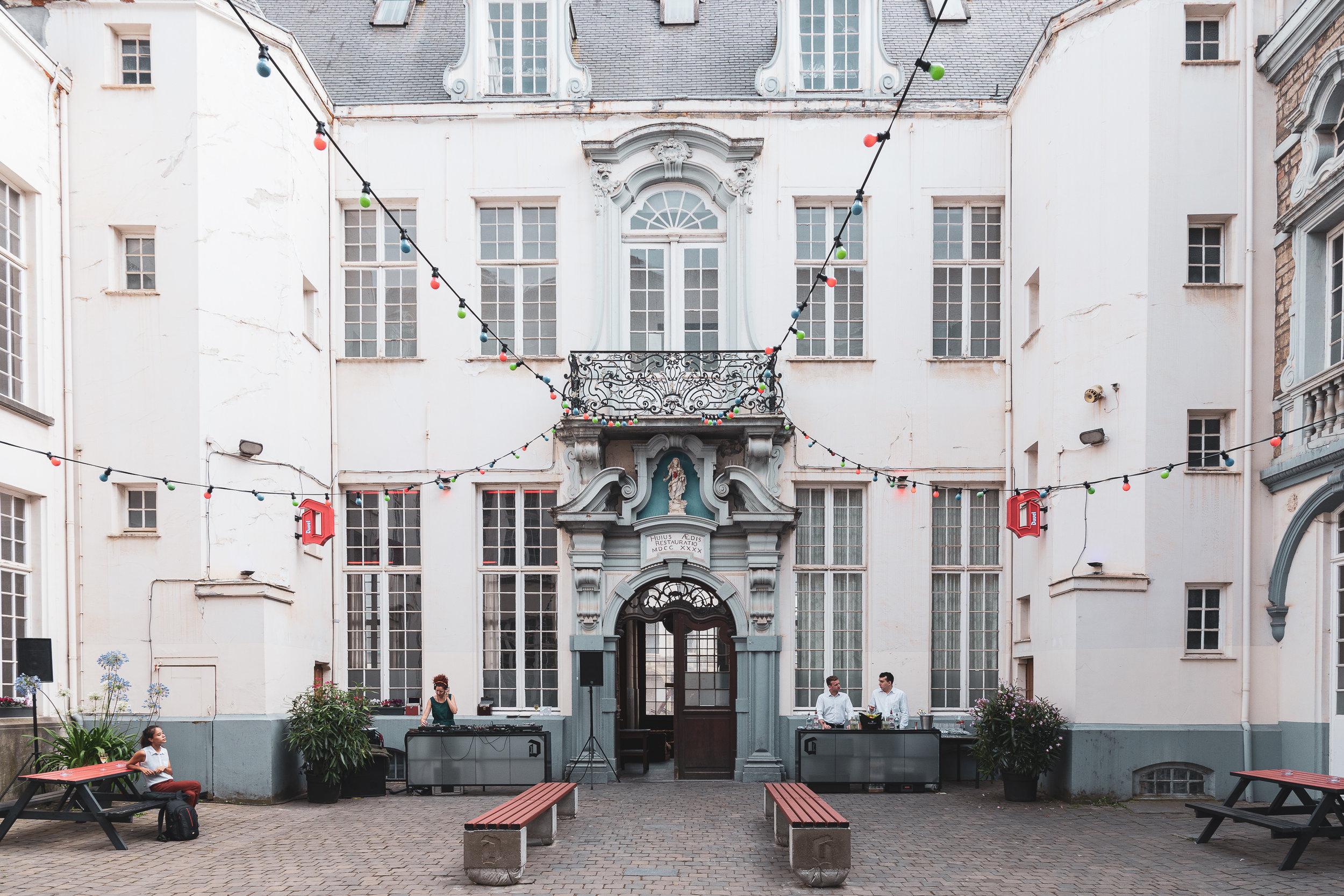 Bar Rodin HIER__Photo Eline Willaert_1.jpg