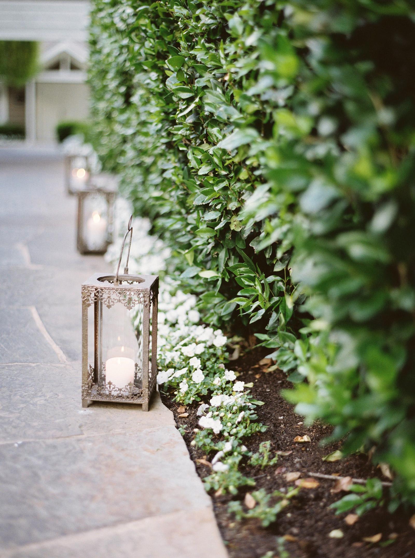 Napa-Wedding-Photography-lanterns.jpg