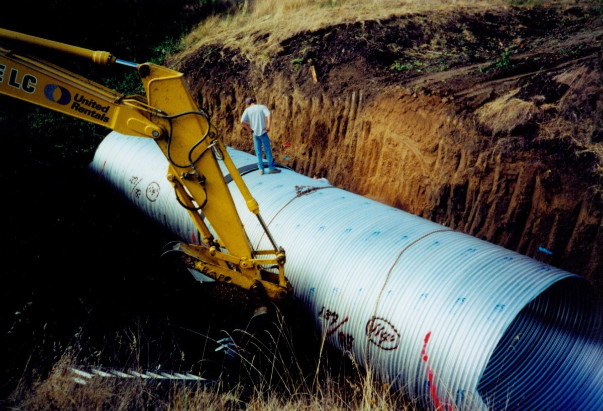 clover creek culvert placing.jpg