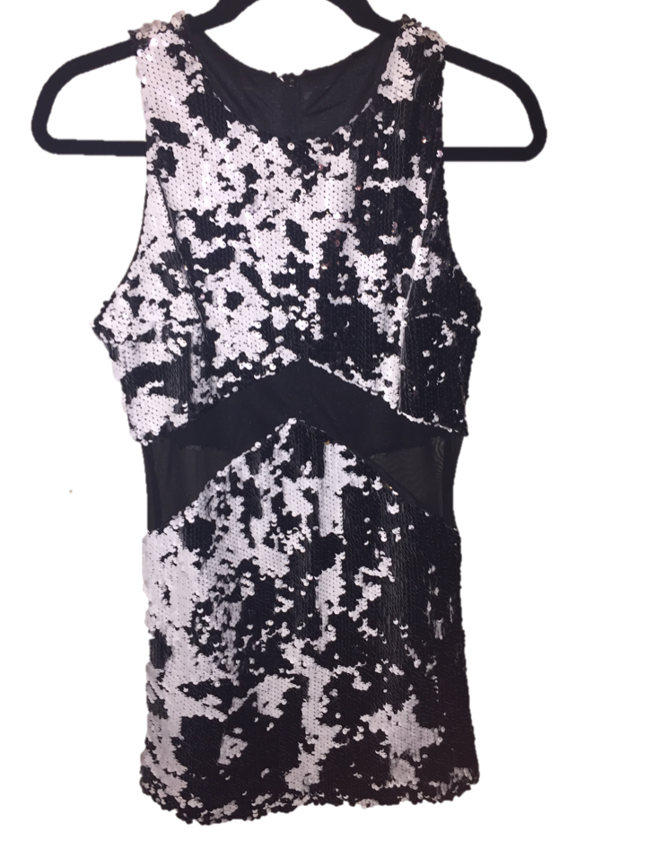 sequindress.png