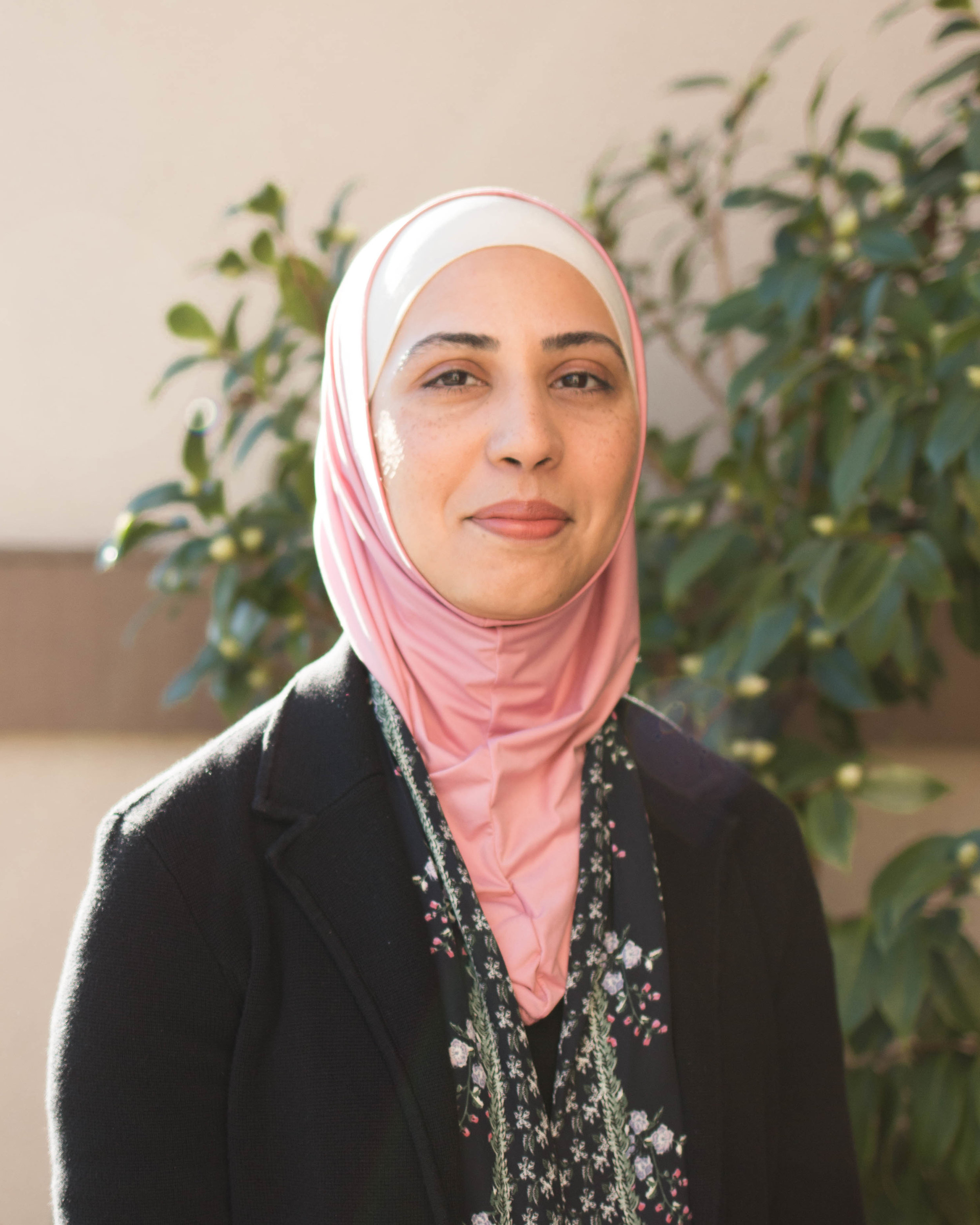 Sundus Ali, M.D.  After completing her Pediatric Residency training on the East coast, Dr Ali  moved to the Bay Area in the summer of 2011, and has been working as a locum general pediatrician.  In addition to her passion for working with children, Dr. Ali is fond of reading, hiking and travelling.  Just like Dr Pete, Dr Ali  will  never  run a marathon. She is a mom of 2 pre-schoolers who keep her considerably busy on her off days.    Medical School  Dow Medical College, Pakistan   Internship/Residency  New York Methodist Hospital    Certification  American Board of Pediatrics, 2012   Affiliate Staff Member El Camino Hospital