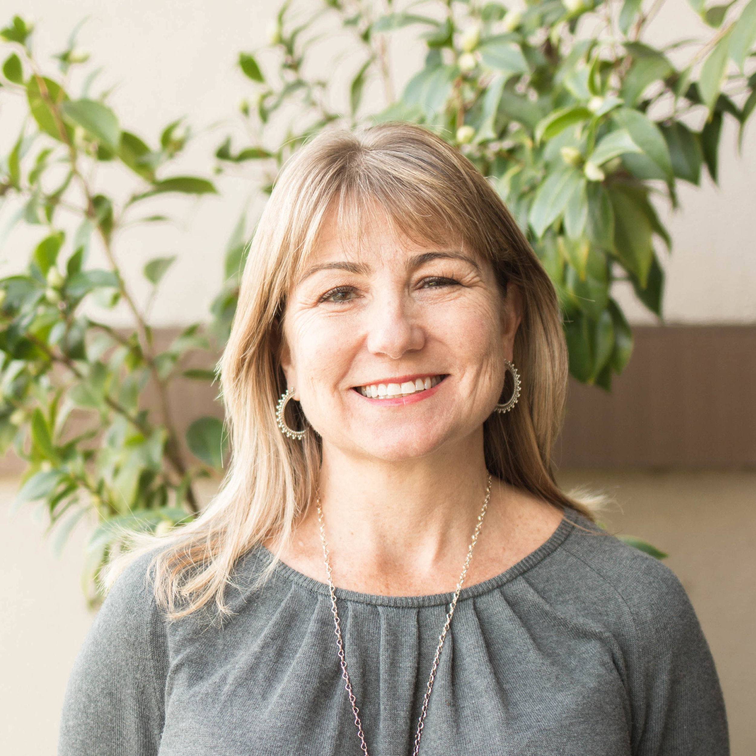 Michelle Record Contini, M.D.  Dr. Michelle grew up in many places including Hawaii, American Samoa, Olympia, WA, and Southern California. When she is not at work she is busy raising her four boys with Dr. Pete. She enjoys running, Crossfit, reading, baking and volunteering in her children's classrooms.    College  University California, Irvine B.S. in Biology   Medical School  University of California, San Francisco   Internship/Residency  University of California, San Francisco    Certification  American Board of Pediatrics, 2000, 2007 Fellow, American Academy of Pediatrics   Memberships  Fellow, American Academy of Pediatrics