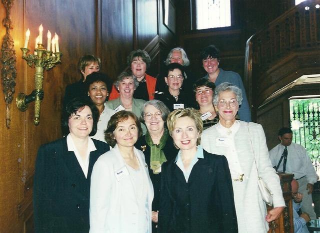 Hillary-Women's TAP Fund  June 27, 2000 Butler Mansion 001.jpeg
