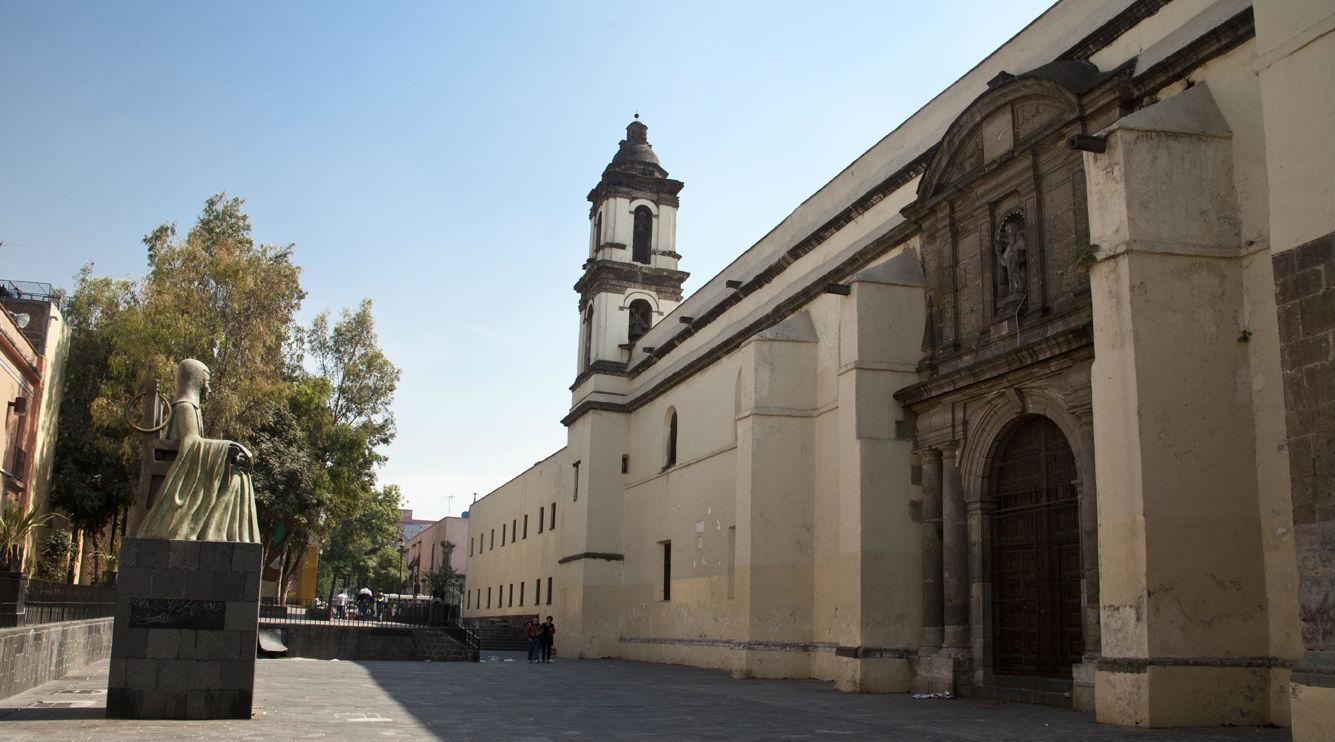 Claustro de Sor Juana, antiguo Convento de San Jerónimo. CDMX.