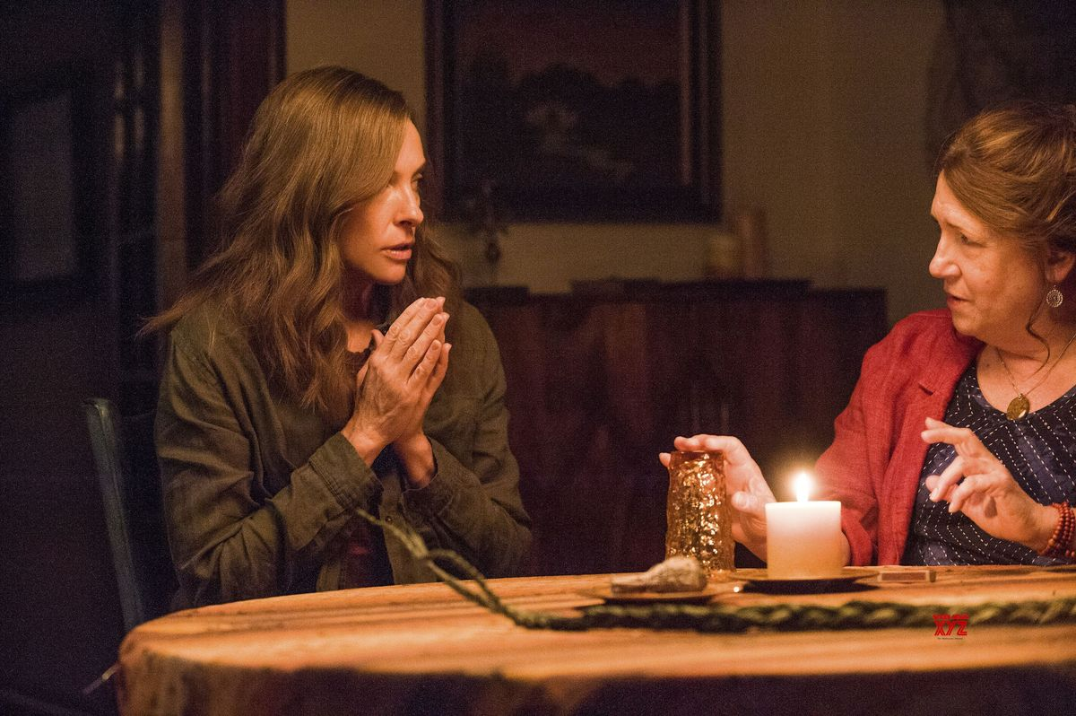 Toni Collette y Ann Dowd
