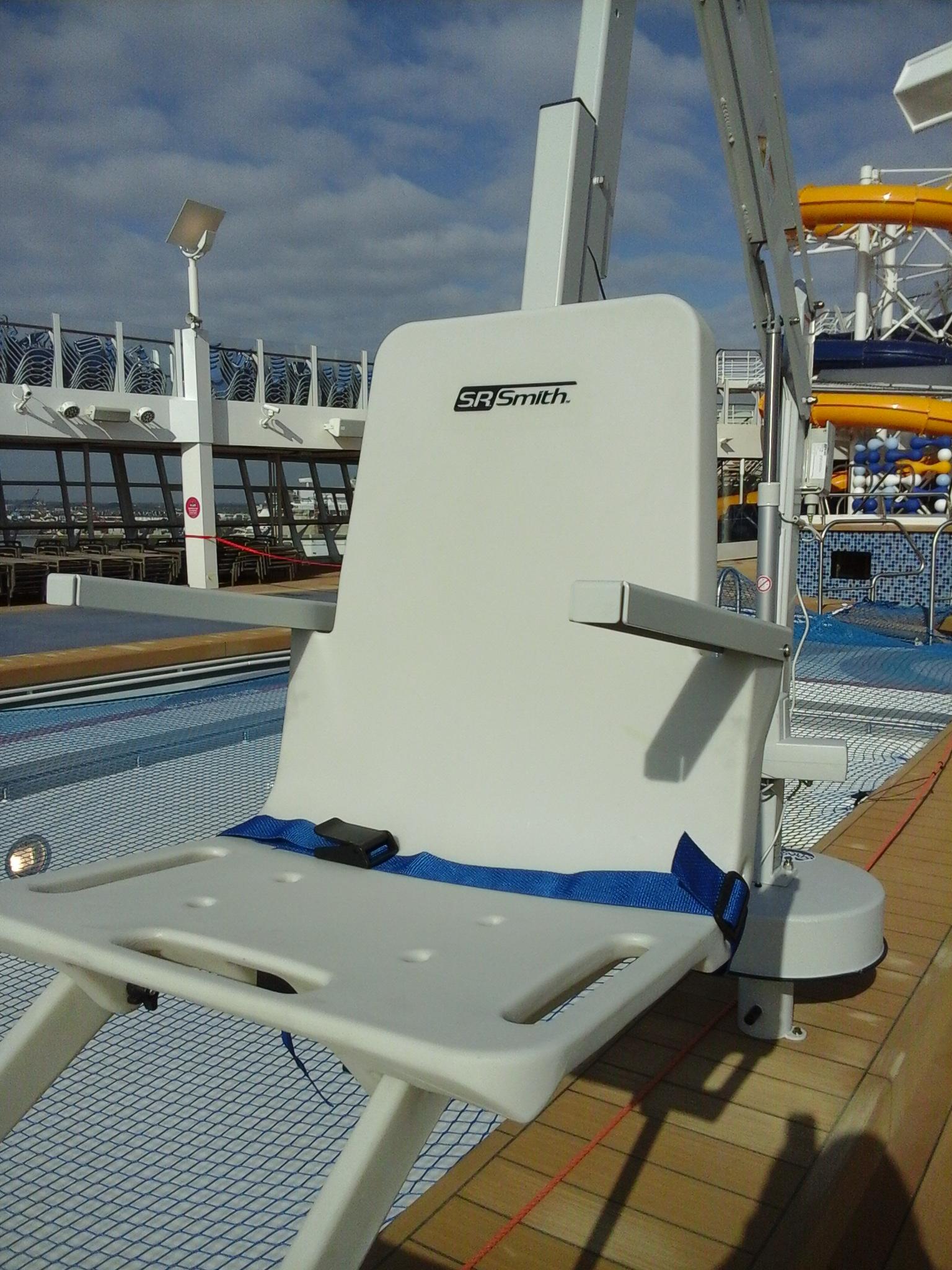 splash-rmt-pool-hoist-seat-cruise-ship-diability-access.jpg