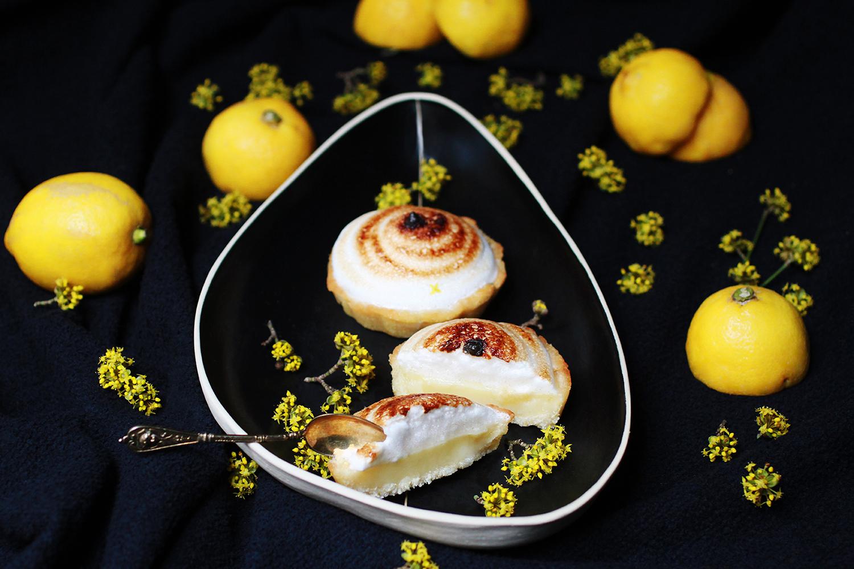 lemon_meringue_pie_s.jpg